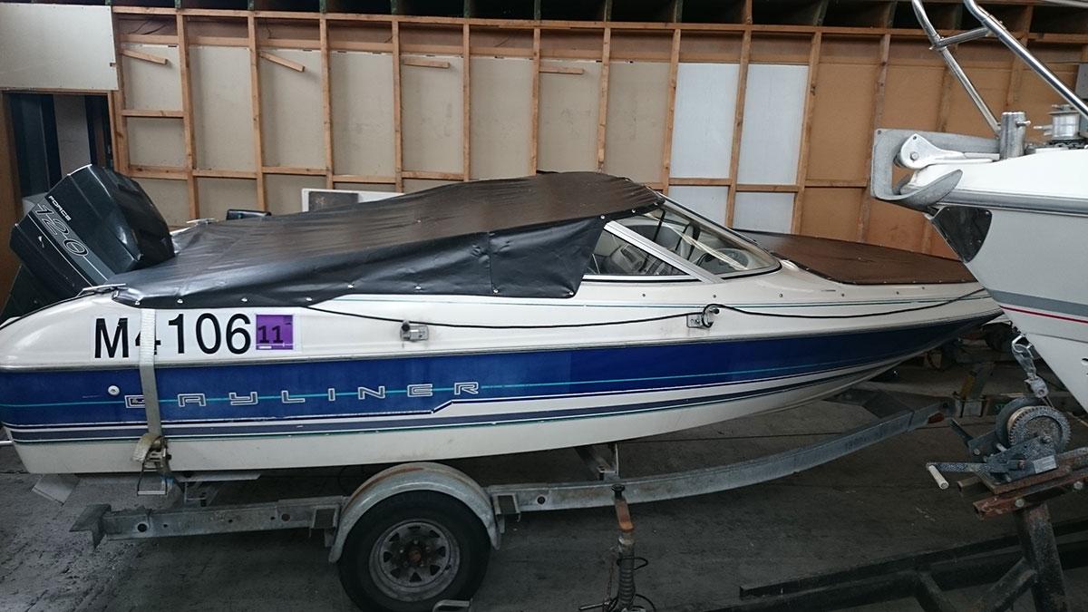 Bayliner Black Boat Cover 3