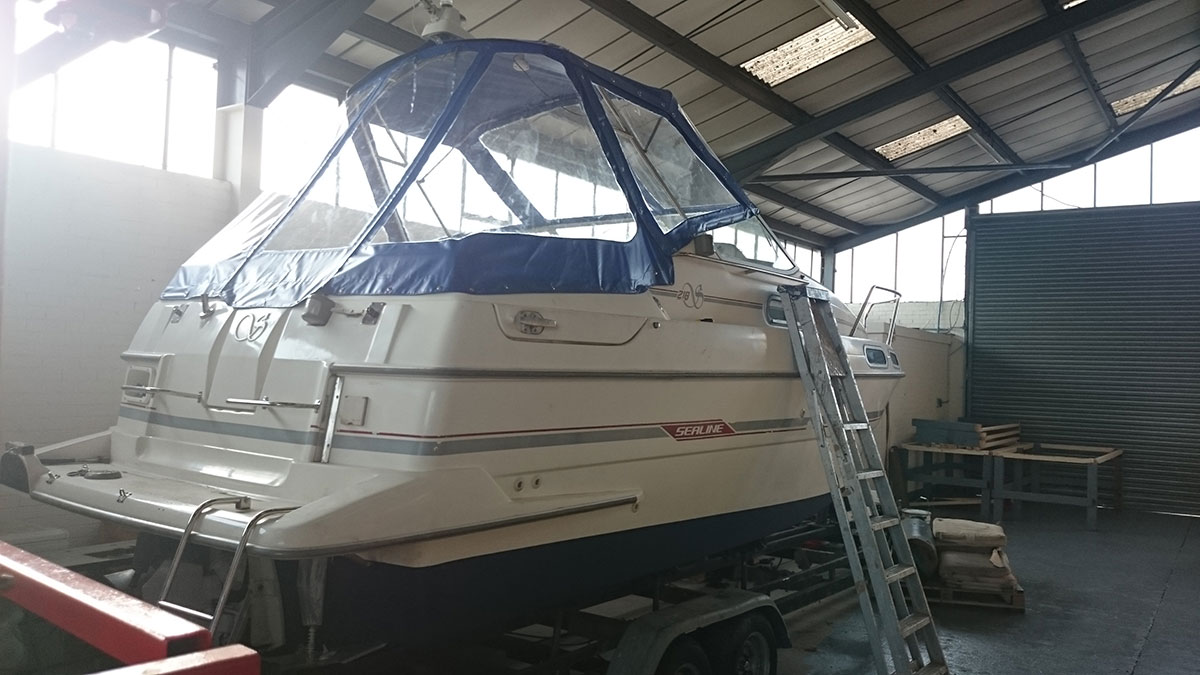 Sealine Blue Boat Canopy 4