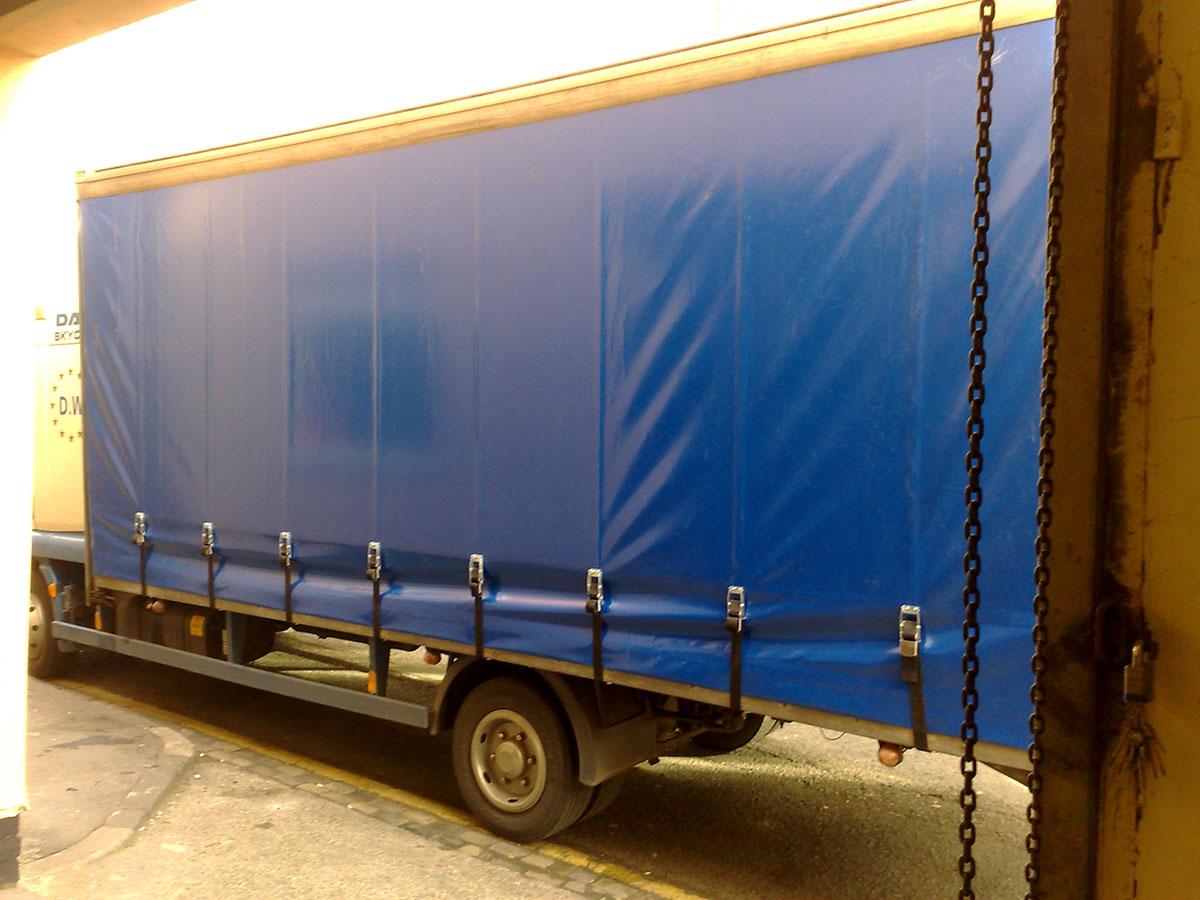 van side blue 2